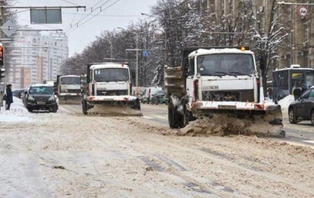 В Харькове ограничили въезд грузовиков из-за непогоды
