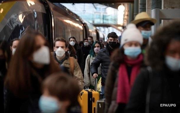 В Киеве за сутки почти 800 случаев коронавируса, 13 жертв