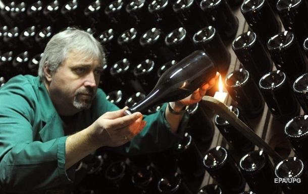 Ціна на ігристе вино в Україні підвищилася
