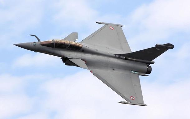 Парламент Греции одобрил закупку у Франции 18 истребителей