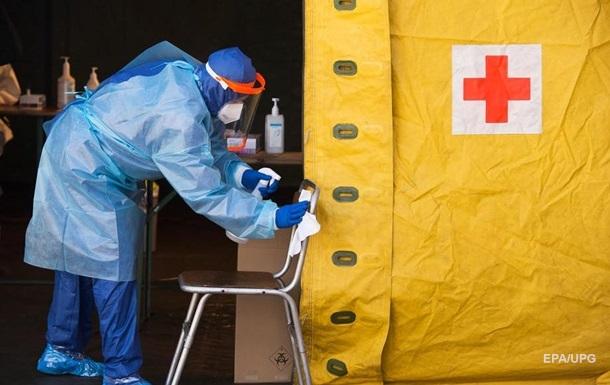 В Литве у медиков после COVID-вакцинации выявили коронавирус