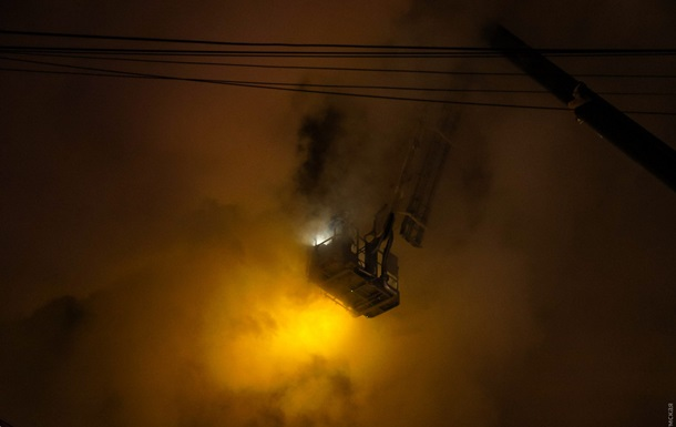 Полиция установила причину пожара в гостинице в Одессе
