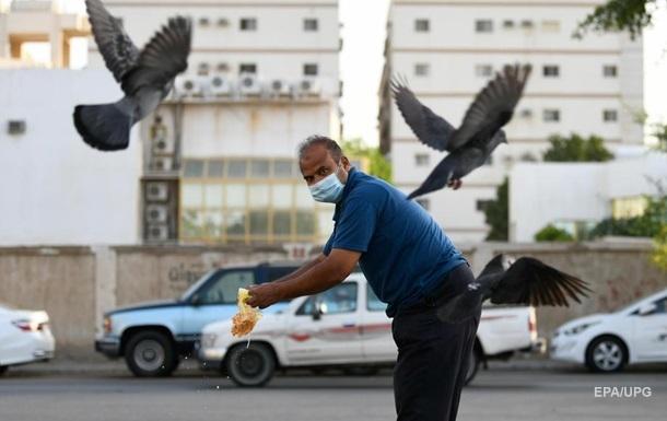 Саудовская Аравия одобрила COVID-вакцины Moderna и AstraZeneca
