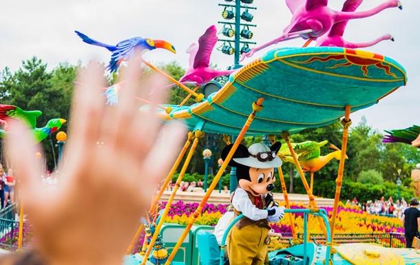 Disneyland в Парижі відклав відновлення роботи
