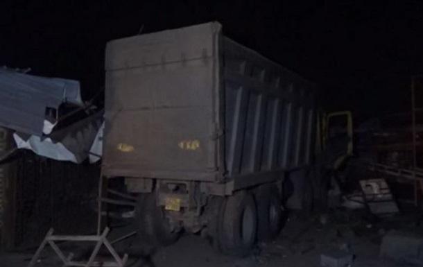 В Індії вантажівка переїхала 15 робітників, які спали