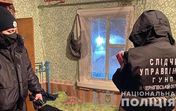 На Черниговщине двухлетний ребенок залез за диван и задохнулся