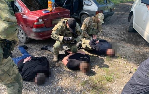 ДБР оприлюднила розмови банди поліцейських у Павлограді