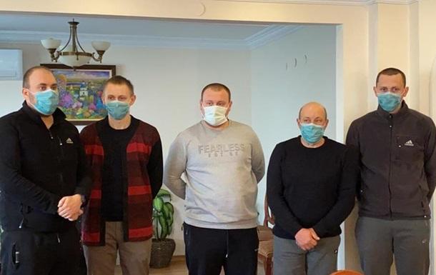 Cпасенные у берегов Турции моряки прибыли в Украину