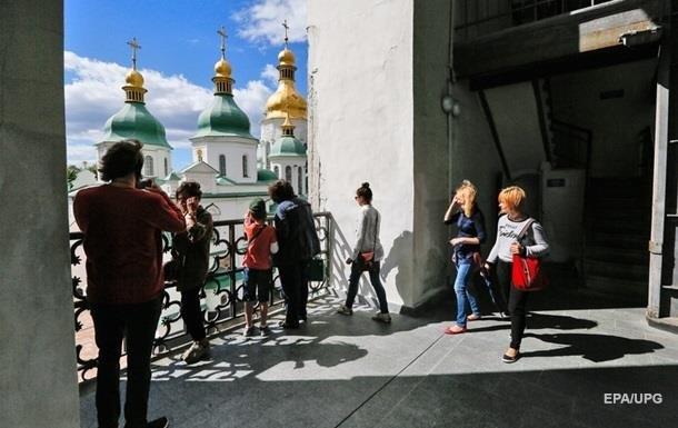 Втрати туризму в Україні оцінили в 60 млрд за рік