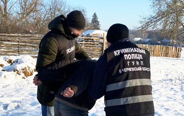 На Черниговщине задержали мужчину за съемки порно со своей женой