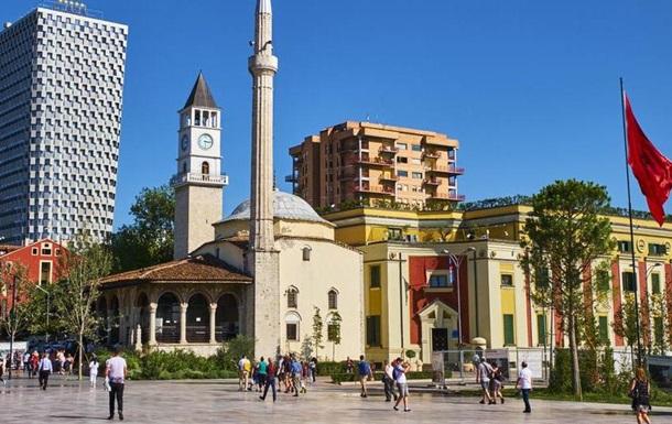Албанія висилає дипломата РФ через порушення антикоронавірусних правил
