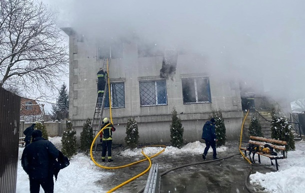Опубликовано видео начала пожара в доме престарелых Харькова