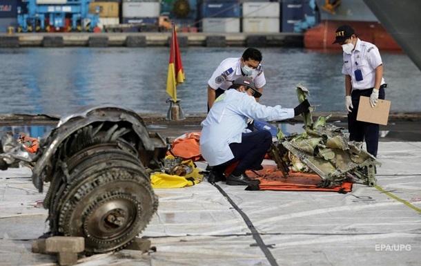 Названо попередню причину аварії літака в Індонезії