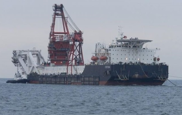 В районе достройки СП-2 находятся сразу два судна