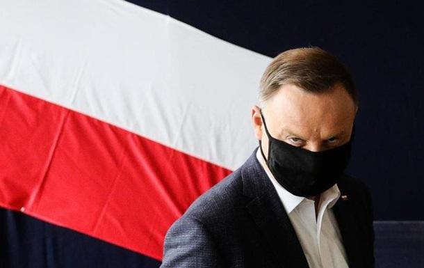 Президент Польщі закликає ЄС посилити санкції щодо Росії