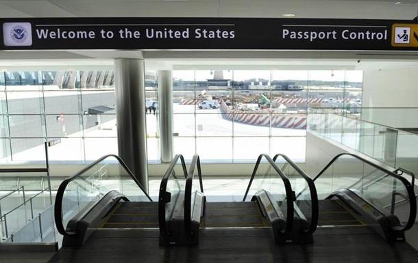Байден відновив заборону на в`їзд у США з ЄС та інших країн