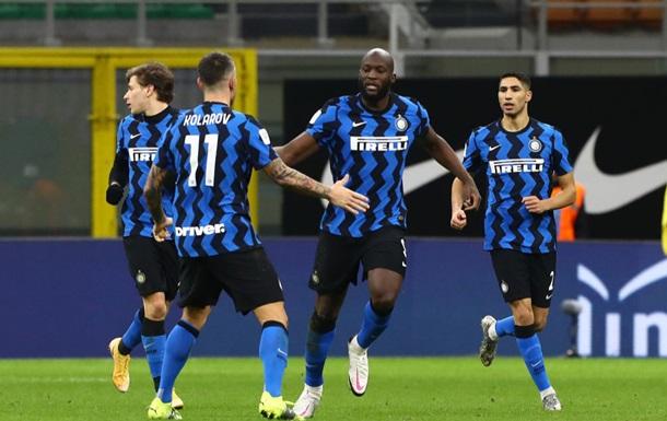 Интер в невероятном матче выбил Милан из Кубка Италии