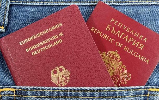 Подвійне громадянство у світі: дозволено часто, але не завжди і не всім