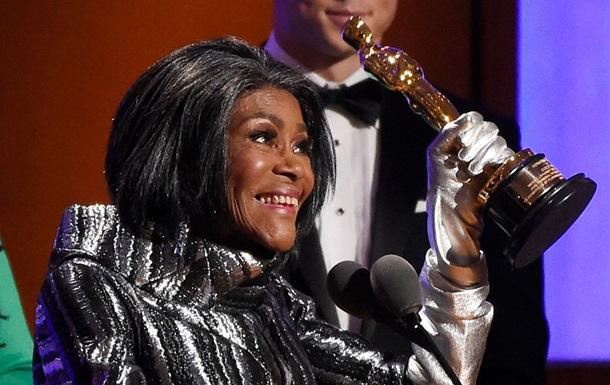 Умерла первая афроамериканка, получившая  Оскар