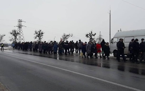 В Лубнах продолжаются тарифные протесты