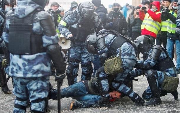 На протестах в России задержали рекордное количество человек