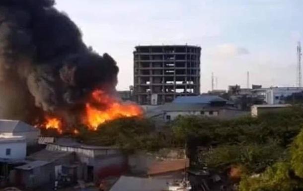 В столице Сомали террористы взяли штурмом отель