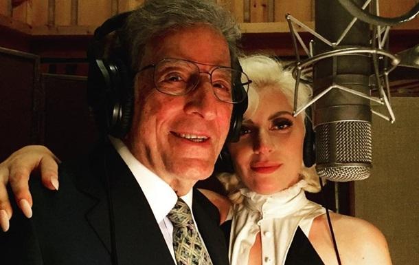 Леди Гага записала альбом с 94-летним певцом, больным Альцгеймером - СМИ