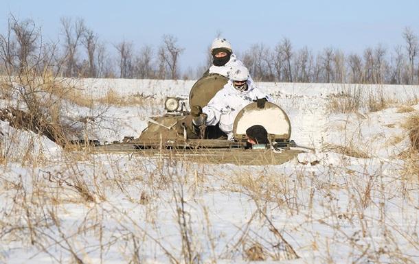В зоне ООС за сутки восемь обстрелов, у ВСУ потери