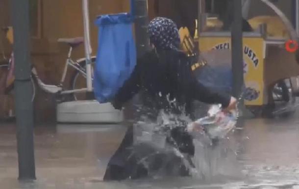 В Турции произошло масштабное наводнение