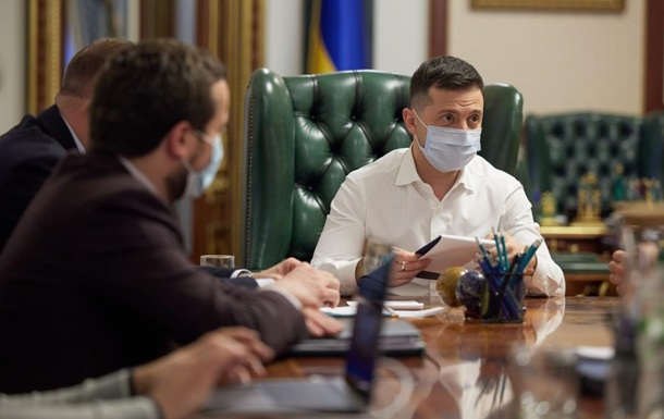 Зеленский встретился с представителями телеканалов