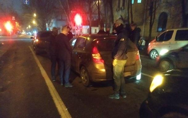 У Миколаєві затримано трьох чиновників виконавчої служби - ЗМІ