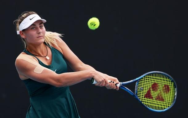Костюк уступила Брэди в 1/8 турнира в Мельбурне