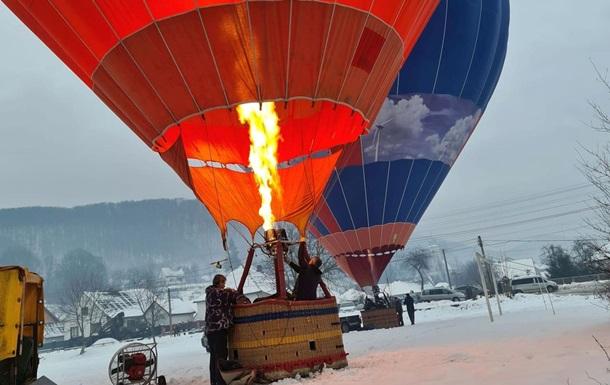 Над Карпатами рекордно полетали на шаре
