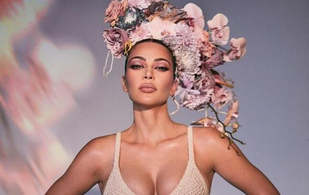 Ким Кардашьян восхитила новой фотосессией