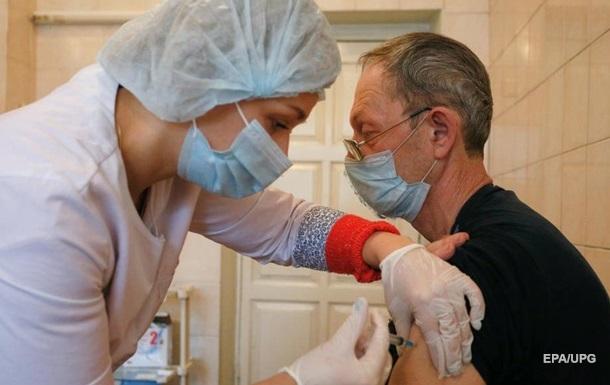 В Украине насчитали сотни повторных случаев COVID