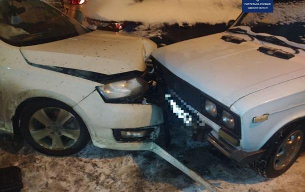 В Одессе из-за пьяного водителя пострадало семь машин