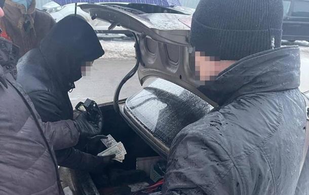 Под Киевом следователь обещал 'отмазать' от преступления за $13 тысяч