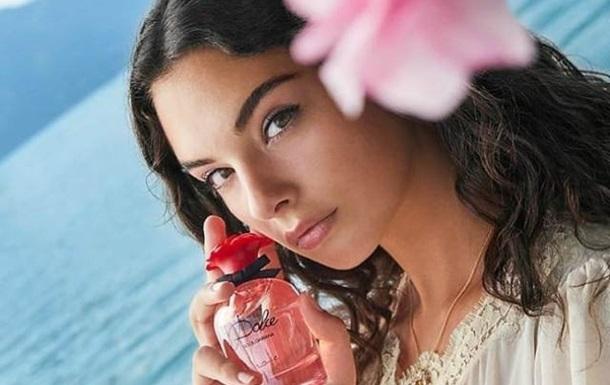 Дева Кассель рекламує парфуми Dolce&Gabbana