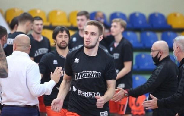 Кобец и Рэндл вошли в расширенный состав Украины на матчи отбора на Евробаскет