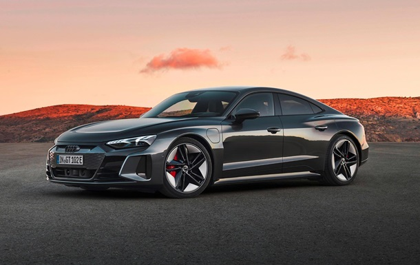 Audi представила мощный электрокар