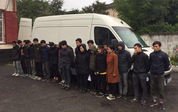Водій для біженця - за що українці потрапляють за ґрати в Європі?
