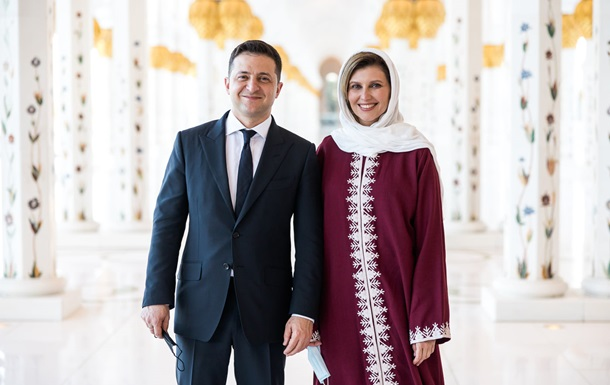 Перша леді України приміряла хіджаб