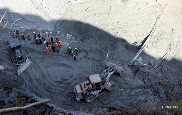 Сходження льодовика в Індії: загинули щонайменше 50 осіб