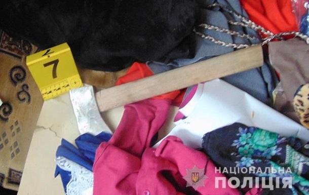 В Киеве женщина  будила  заснувшего сожителя топором