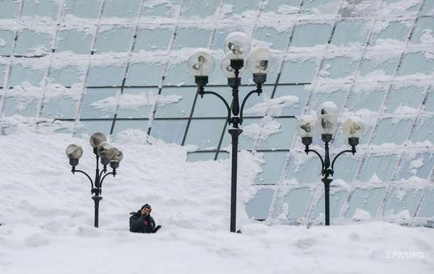 В Украине за день выпало 30 см снега