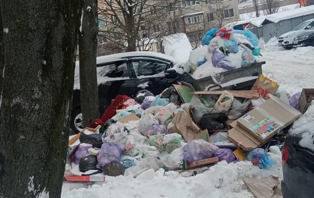 Опубликованы фото 'мусорного коллапса' в Киеве