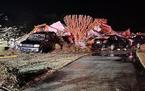 В Северной Каролине торнадо унес жизни людей