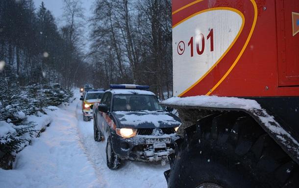 Ограничение движения из-за снега действует в двух областях Украины