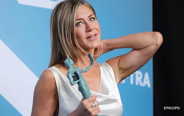 The media learned about the new novel by Jennifer Aniston