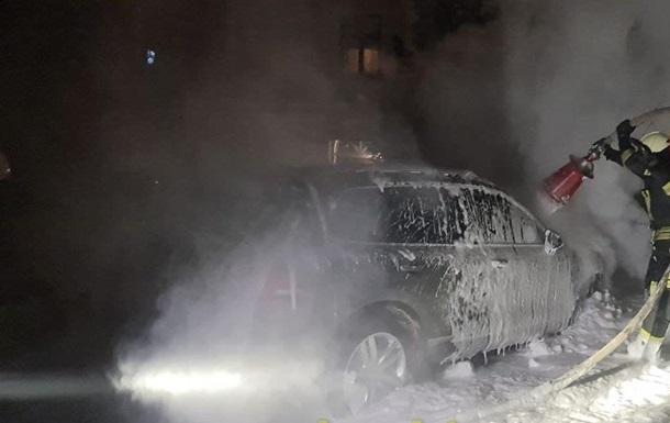 У Києві підпалили авто відомого журналіста